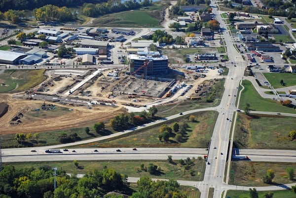 Looking S at UIHC Clinic under construction in the Iowa River Landing.